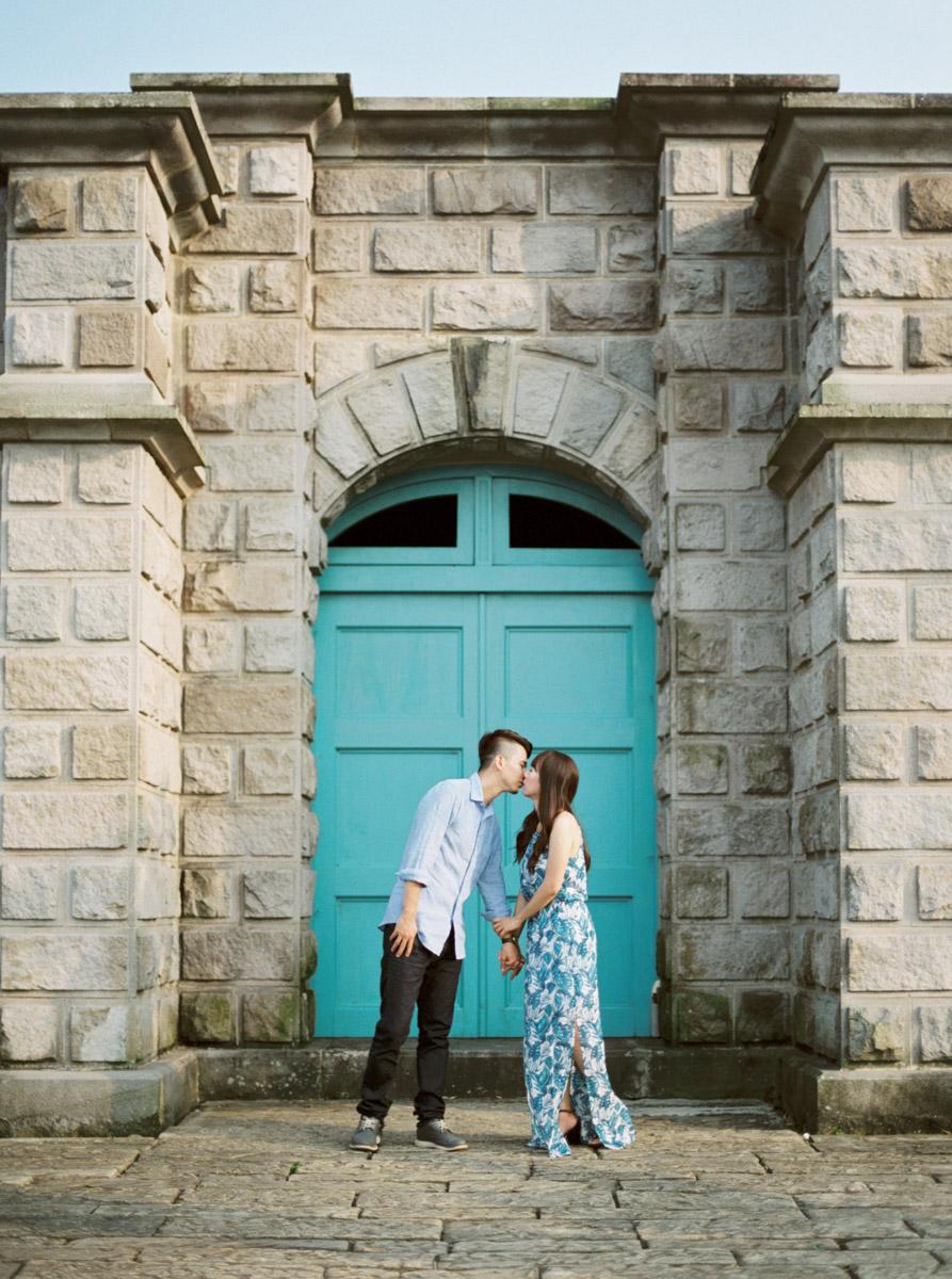 film-wedding-editorial-photographer-markhong-engagement-0001