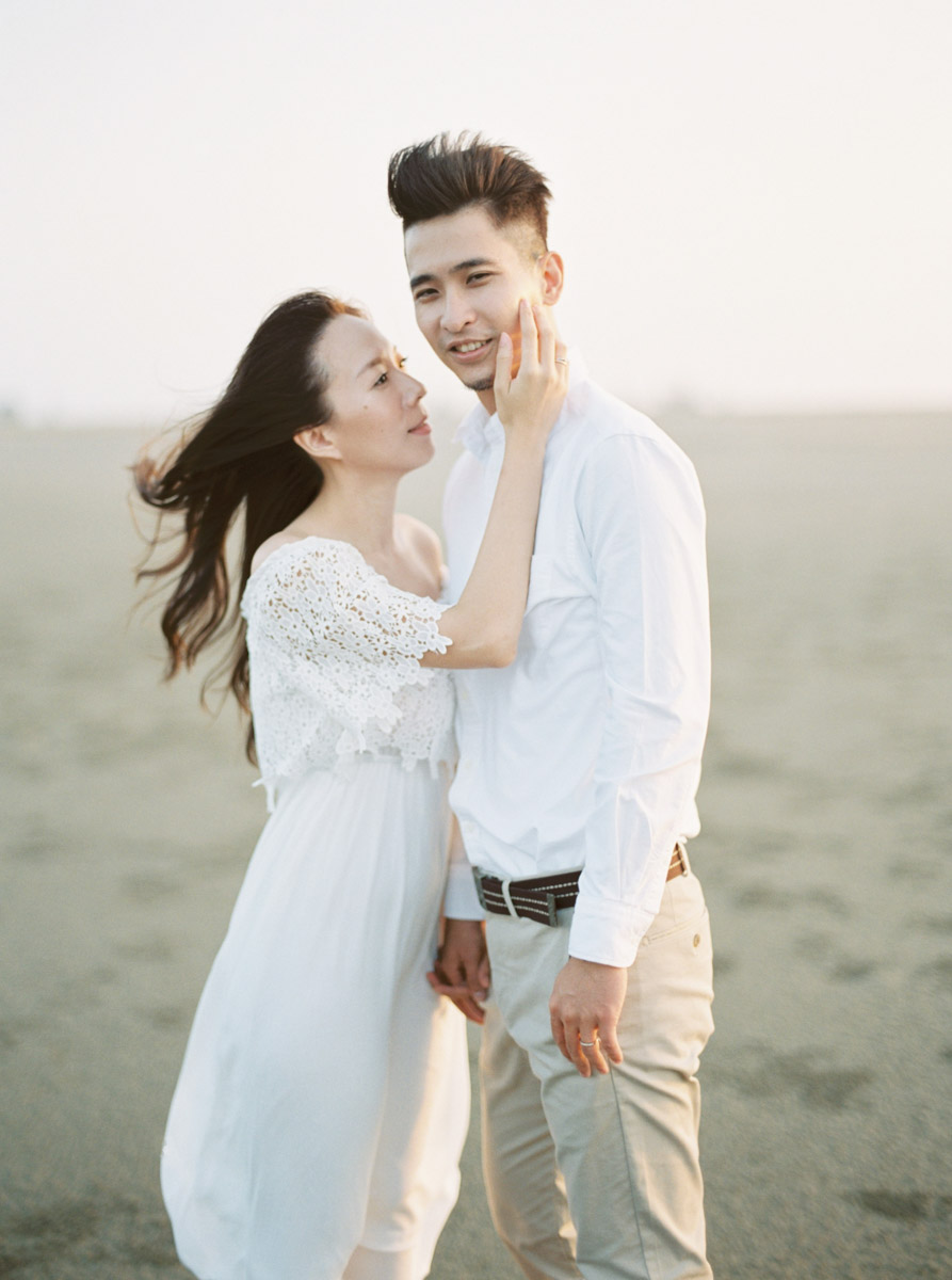 film-wedding-editorial-photographer-markhong-engagement-0025